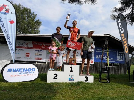 Standa vítězem dvou závodů seriálu Efisan Skiroll Classics